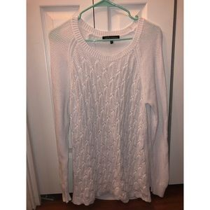 Sweaters - Wendy Williams white sweater